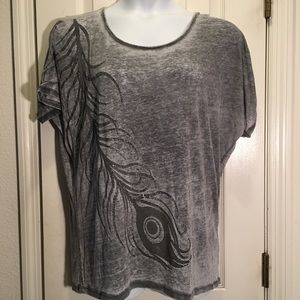 Torrid sheer peacock feather T shirt size 0 OR 14W